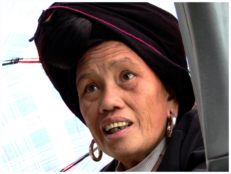 femme Miao ou Hmong