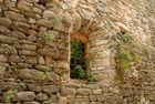 fenestron et vieilles pierres