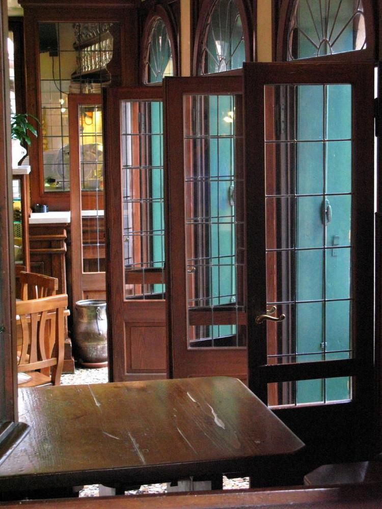 Fenster in Bar von Grappa