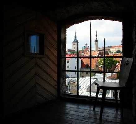 Fensterblick auf Tallin