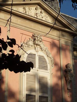 Fensterdetails am Benrather Schloß