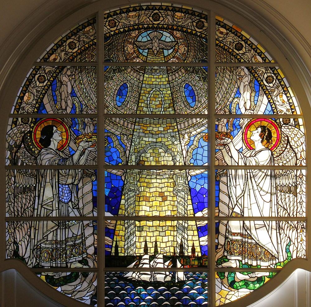 Fenstermosaik im Hamburger Michel