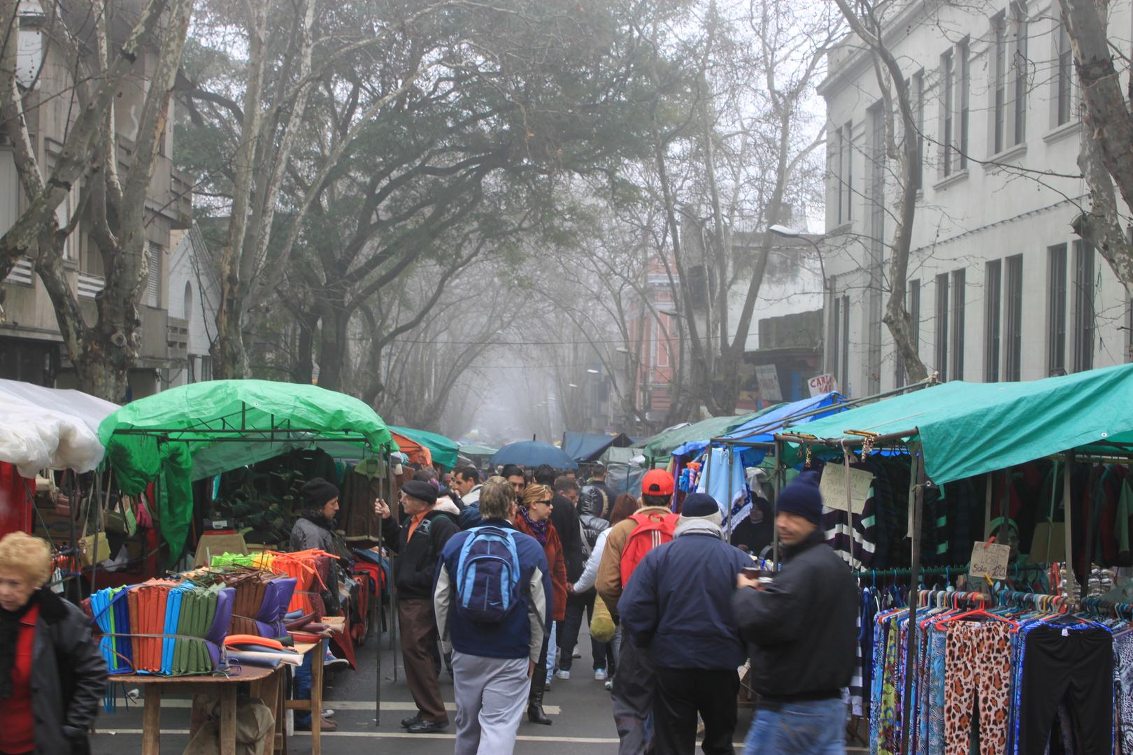 Feria Tristán Narvaja - Montevídeo - UR