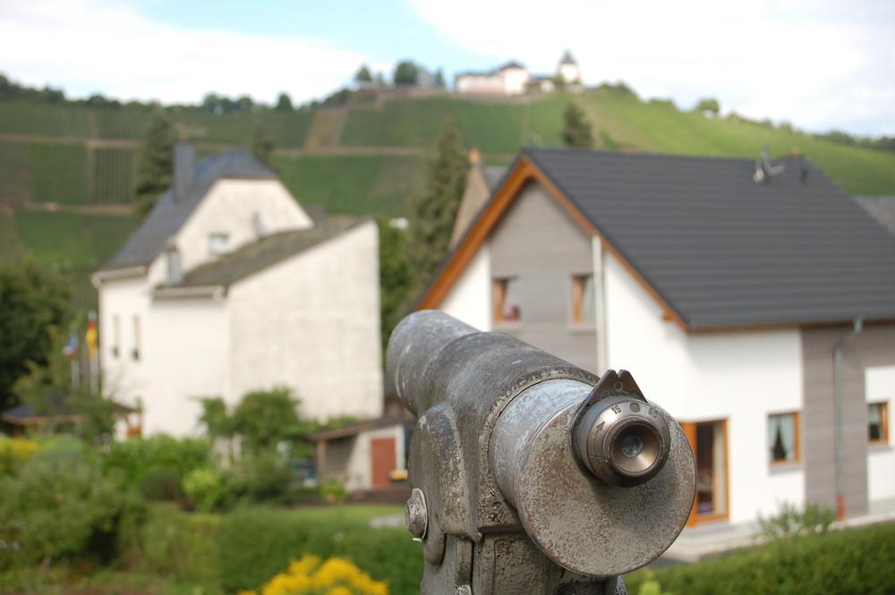 Fernrohr vs. Burg