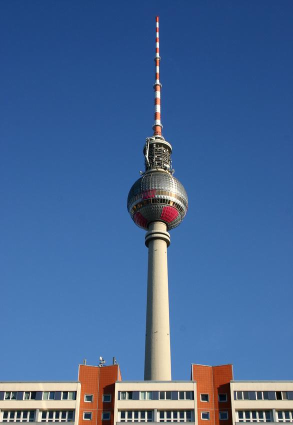 Fernsehturm 897