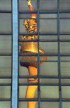 Fernsehturm im Palast