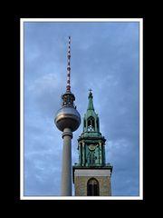 Fernsehturm mit Marienkirche