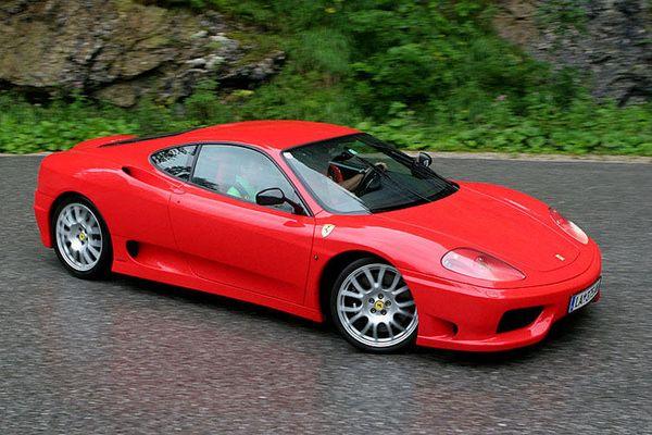Ferrari 360 Challenge Stradale auf dem Weg zur Postalm