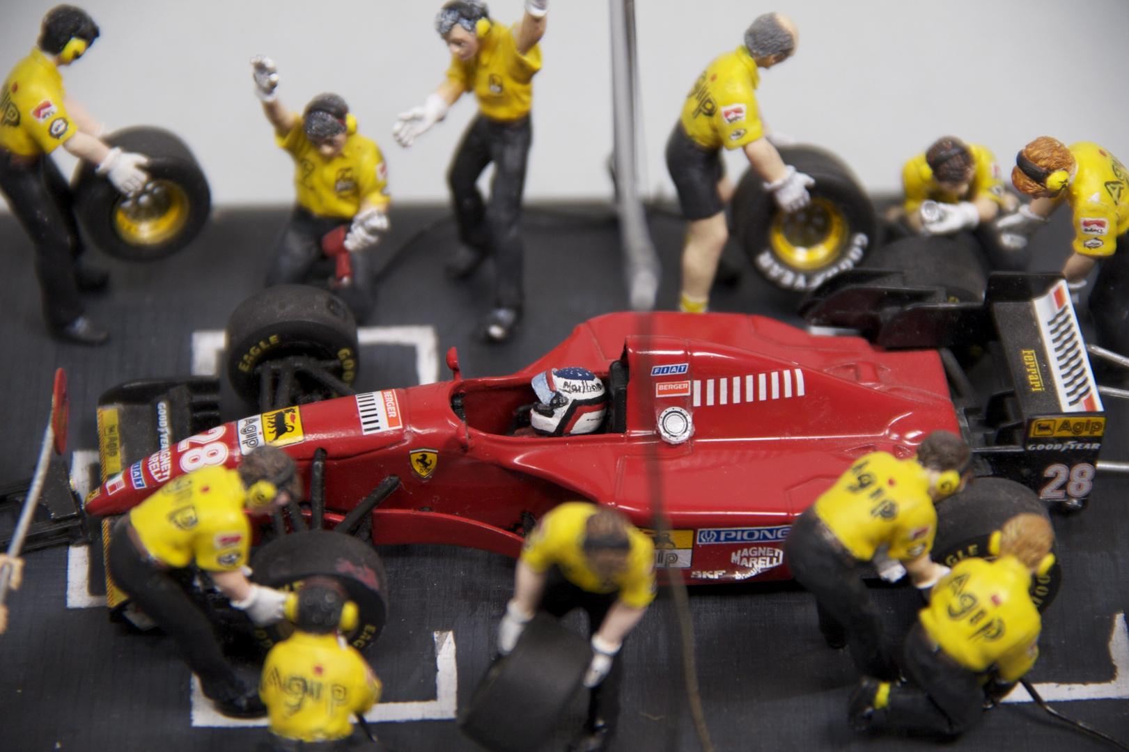 Ferrari beim Boxenstopp - 2. Versuch
