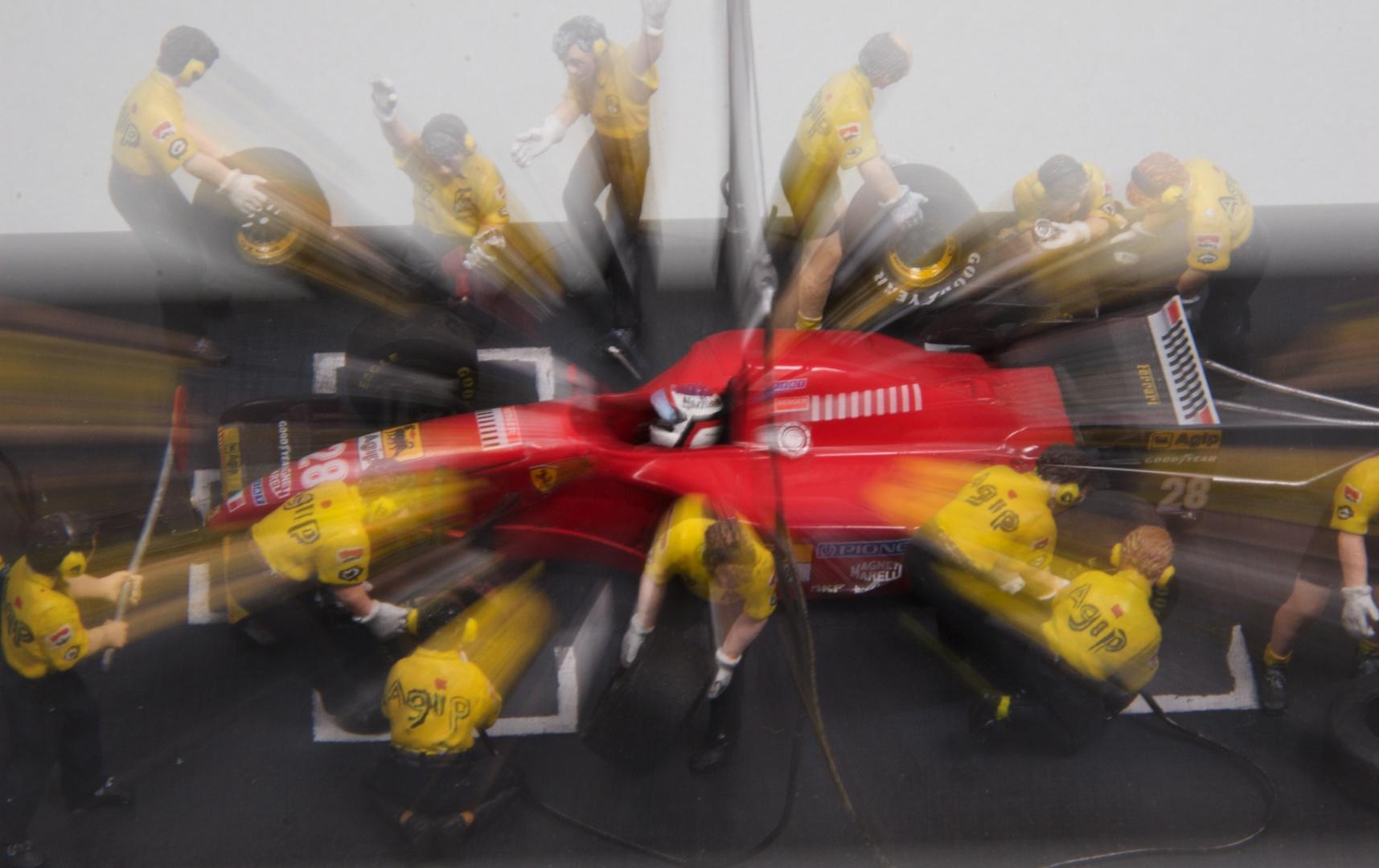 Ferrari beim Boxenstopp - 3. Versuch