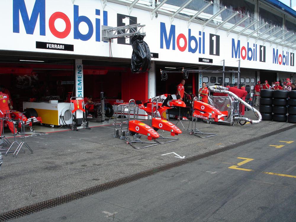 Ferrari Boxengasse