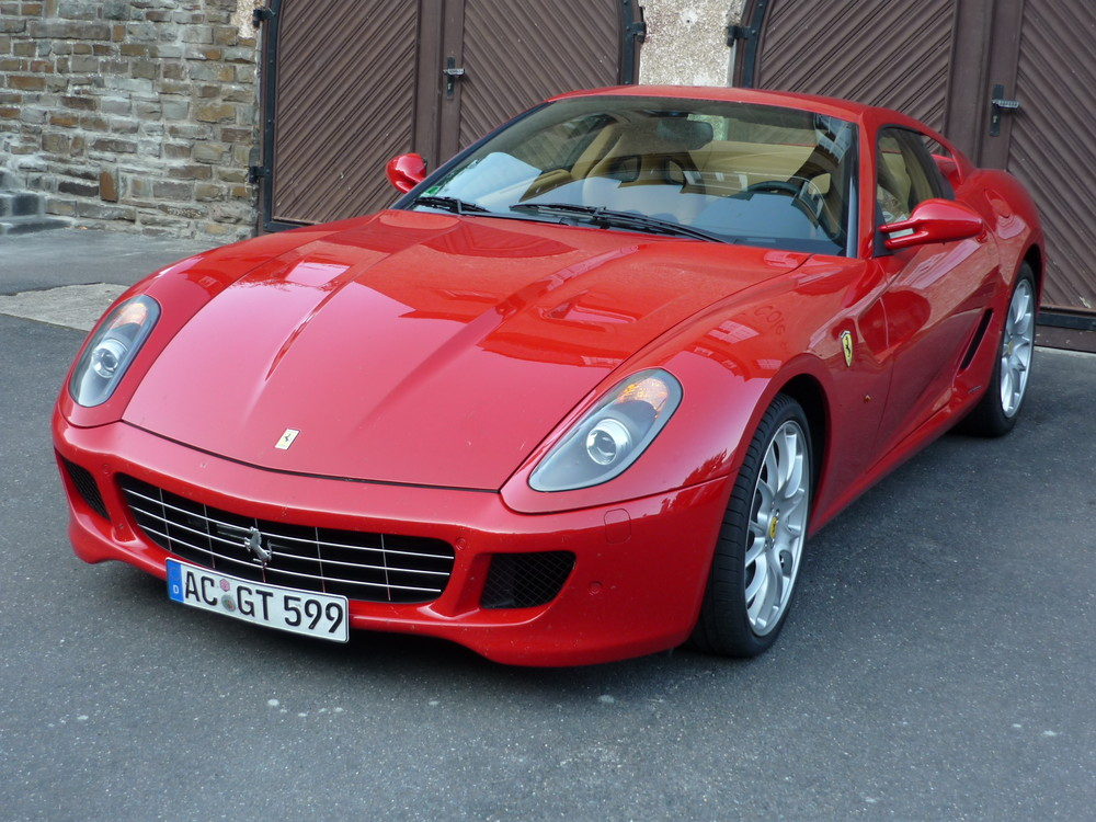 Ferrari Club Luxemburg: 25 Jor Gebuertsdaag zu Veinen
