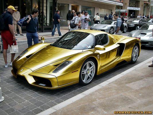 Ferrari Enzo in Gold