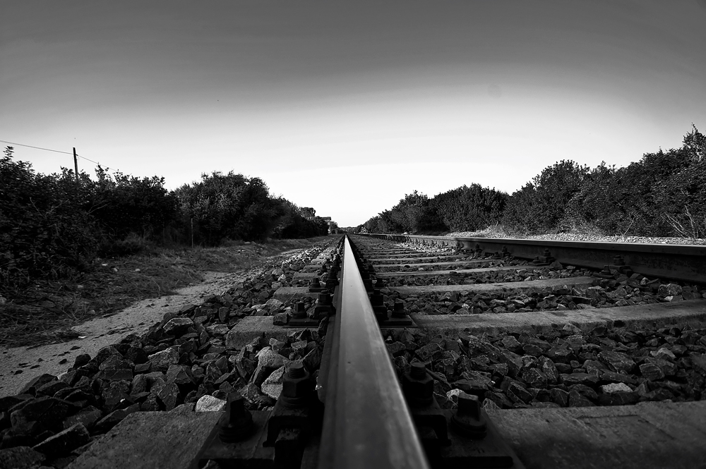 ...ferrovia...