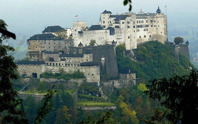 Festung Hohensalzburg im Herbst