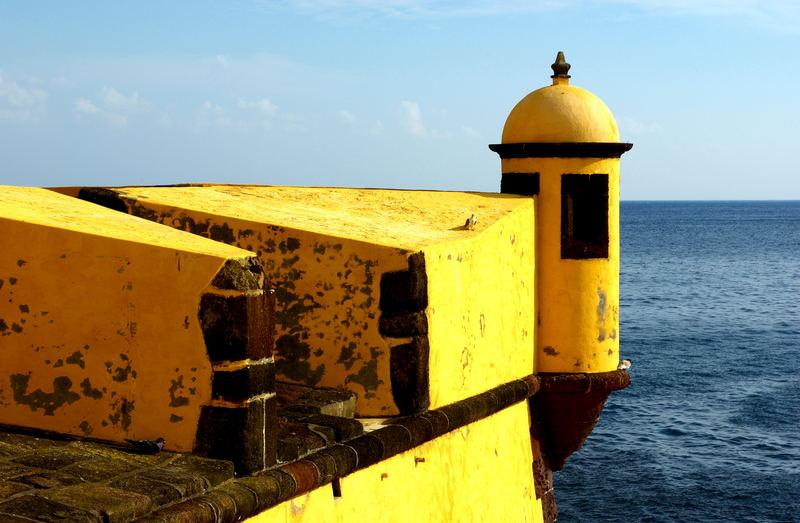 Festung und Meer