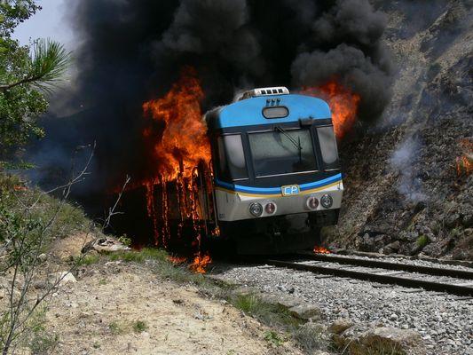 Feu..... le train des Pignes N° 3  de la  liaison Nice - Digne / France 06
