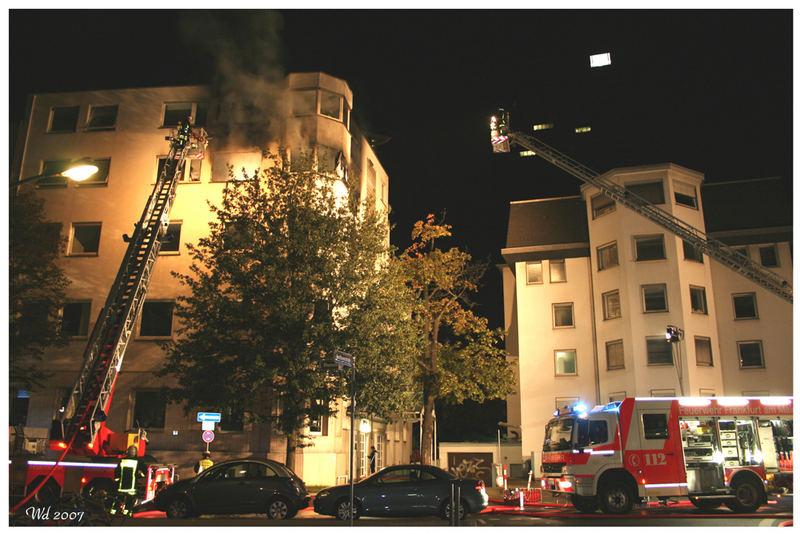 Feuer in einem Bürogebäude