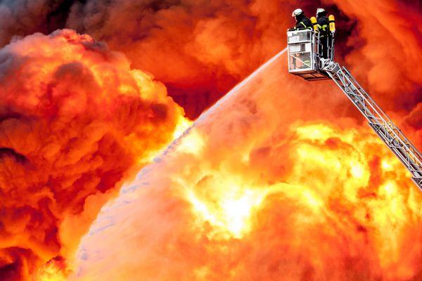 Feuer In Hamburg