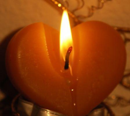 Feuer und Flamme der Liebe, erhelle die dunklen Nächte