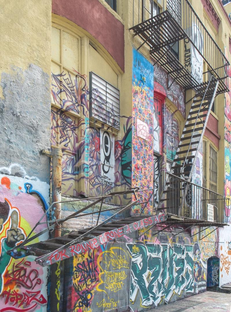 Feuerleiter und Graffiti