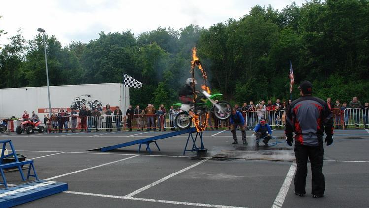 Feuerring-Stunt
