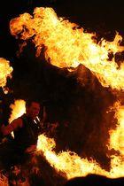Feuershow beim Linzer Pflasterspektakel