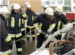 Feuerwehrübung Rettungsgerät