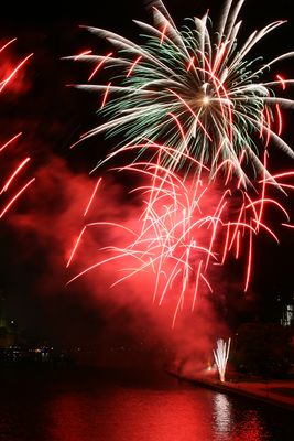 Feuerwerk am Mainuferfest in Frankfurt 2012