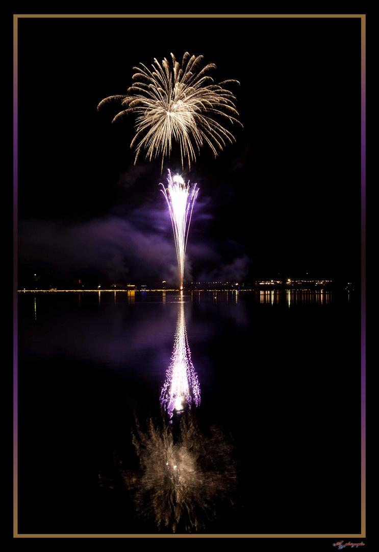 Feuerwerk am See 1