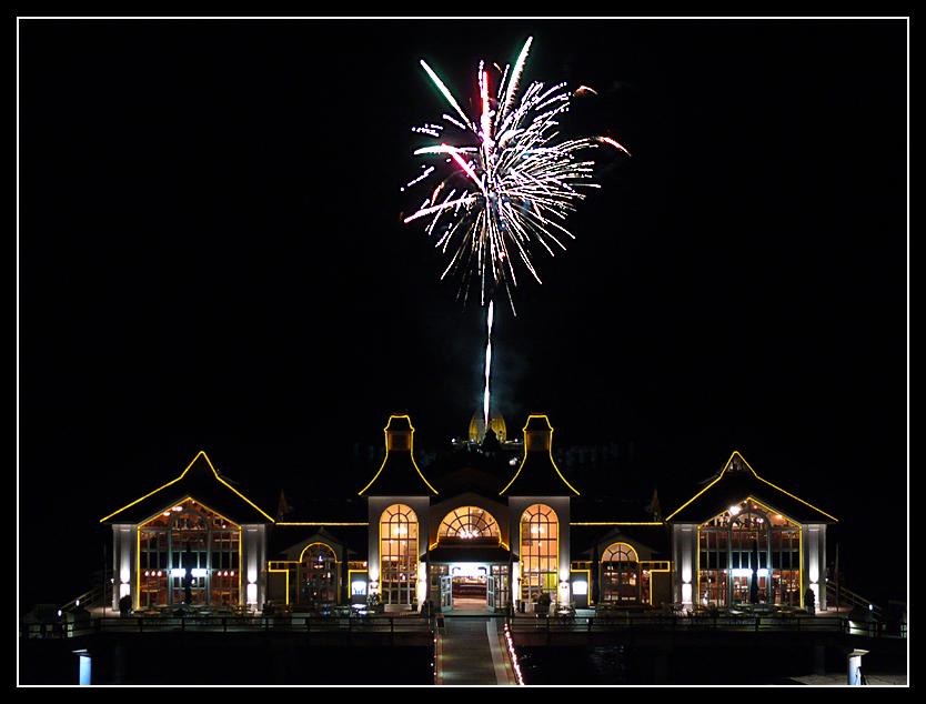 Feuerwerk auf der Seebrücke von Sellin