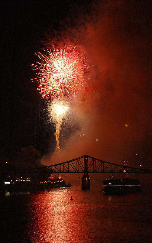 Feuerwerk beim Mainfest (2)