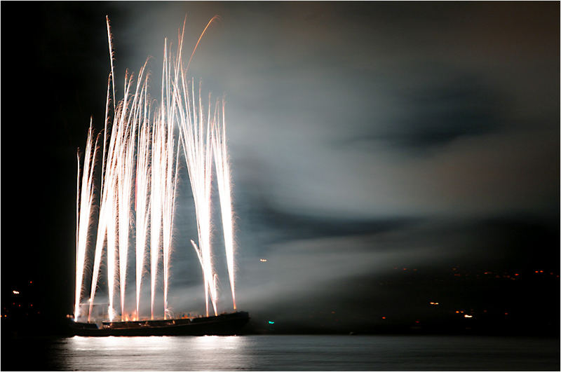 Feuerwerk gerade eben in Langenargen am Bodensee 3