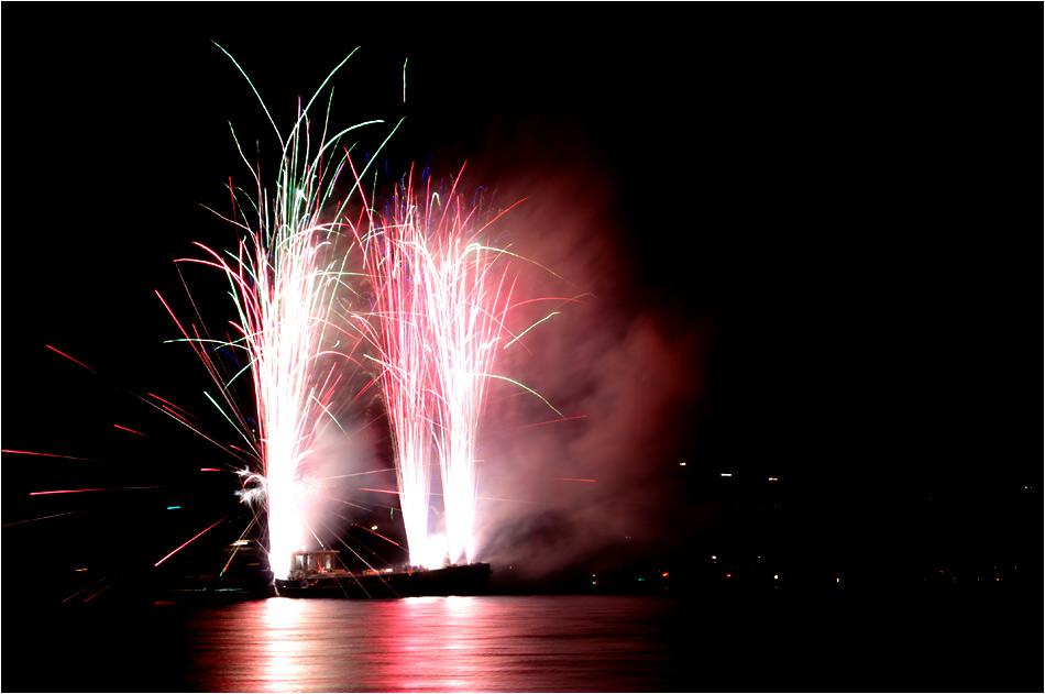 Feuerwerk gerade eben in Langenargen am Bodensee