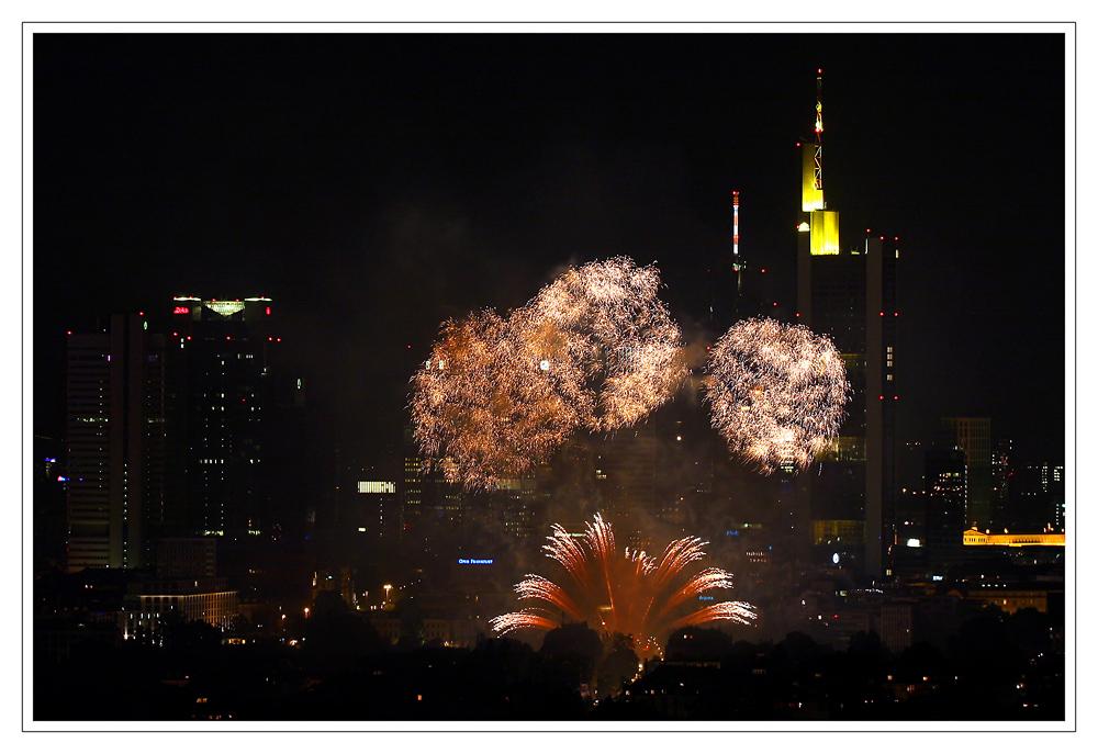 Feuerwerk Museumsuferfest  Frankfurt 2007