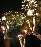Feuerwerk über der Frankfurter Skyline ...