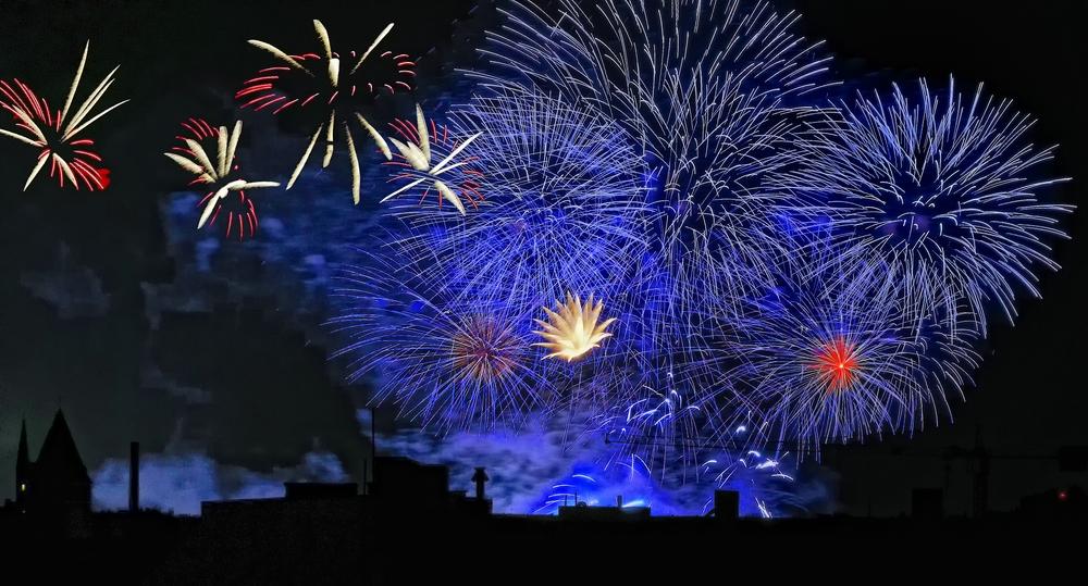 Feuerwerk über Kreuzberg I