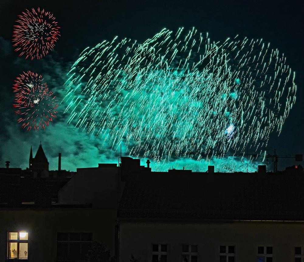 Feuerwerk über Kreuzberg II
