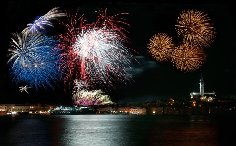 Feuerwerk über Rovinj