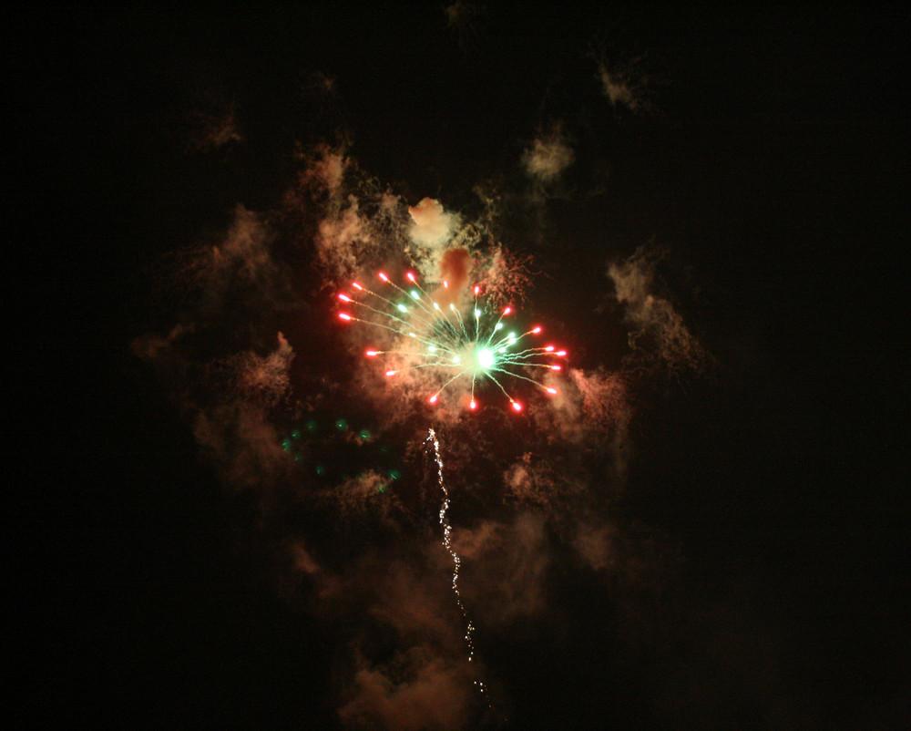 Feuerwerk über Werne zur Sim-Jü Kirmes