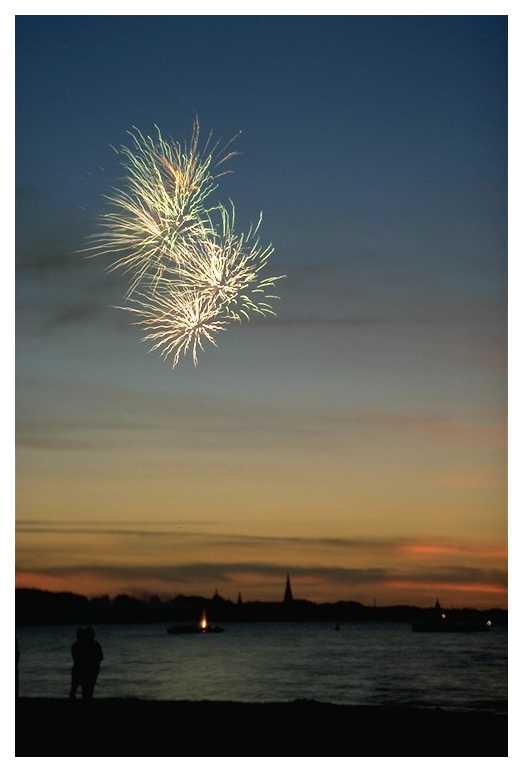 Feuerwerk überm Schweriner See