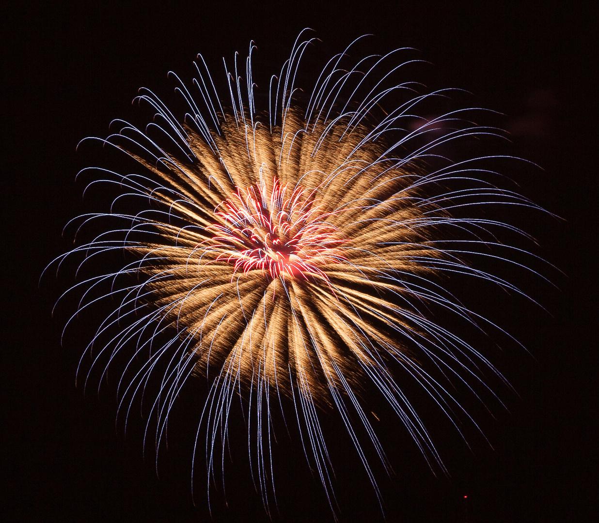 Feuerwerk zum Karlsfelder Siedler- und Seefest 2013