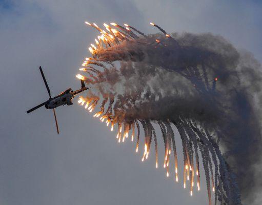 Feuerzauber über der Axalp 2007 !