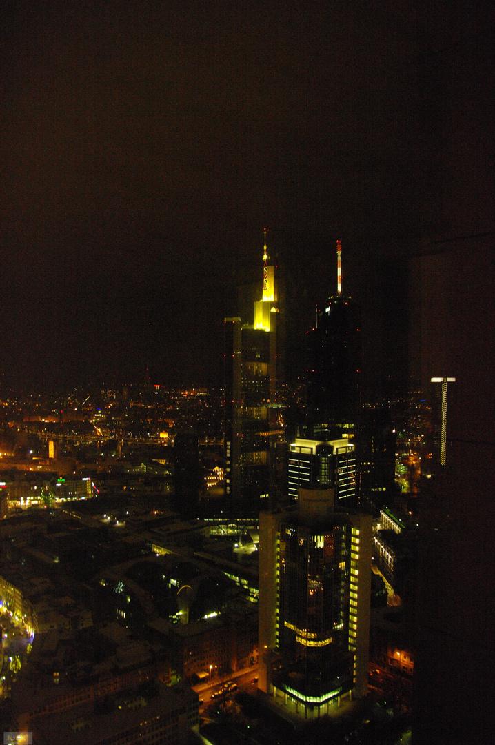 FFM bei Nacht