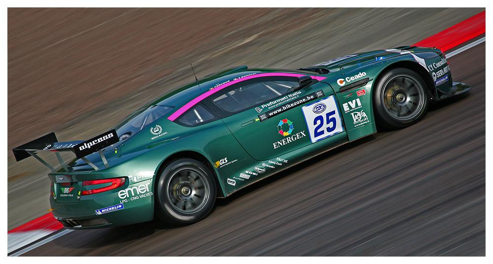 FIA GT3 Aston Martin DBRS9 in Dijon (F)