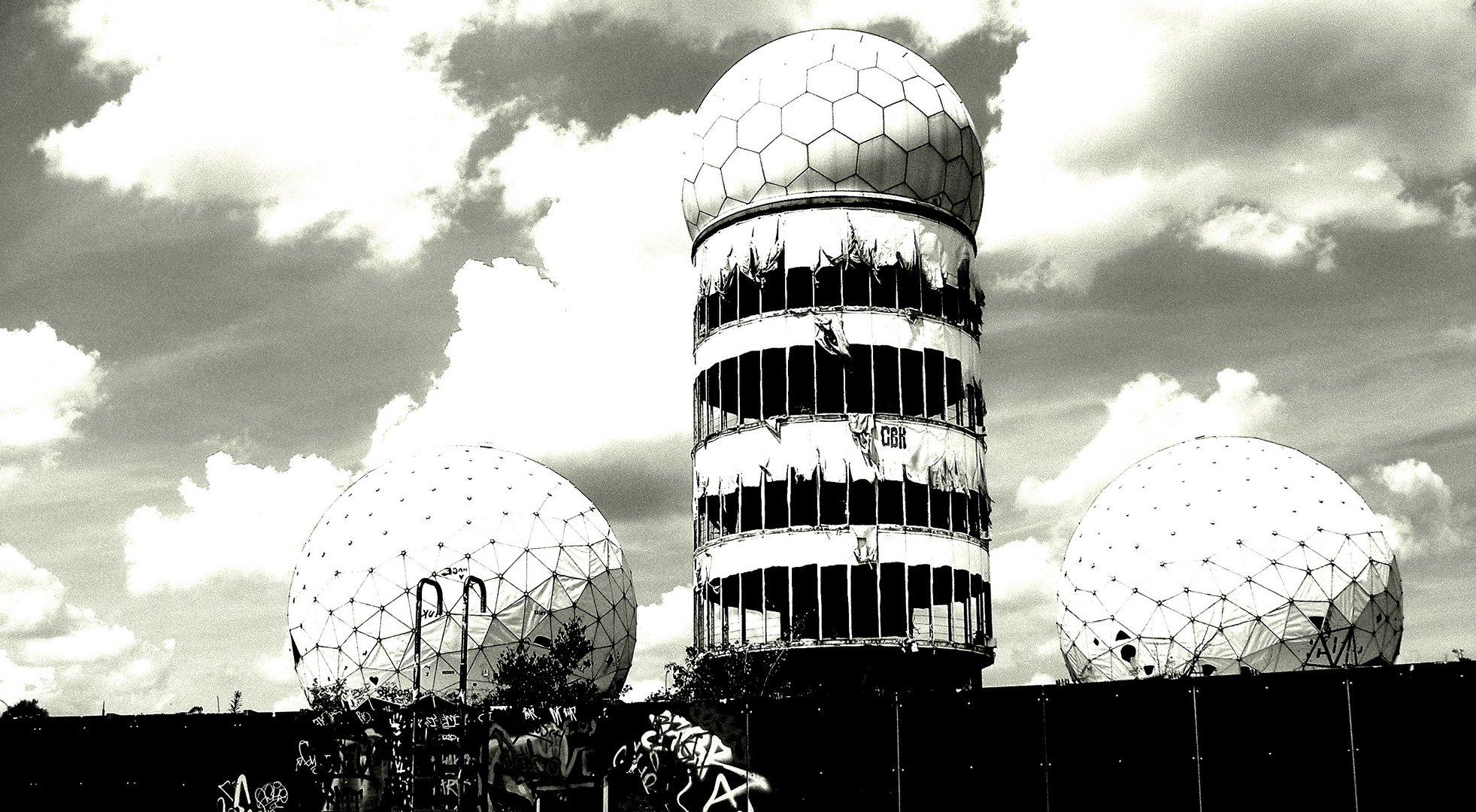 """Field-Station in Berlin, """"Teufelsberg"""""""
