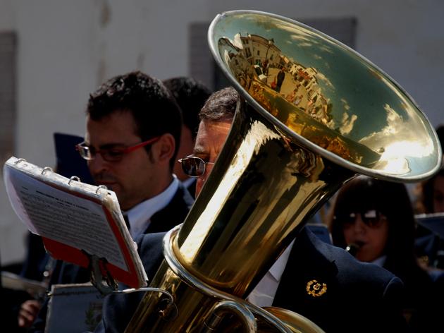 Fiesta en la Plaza del Pueblo