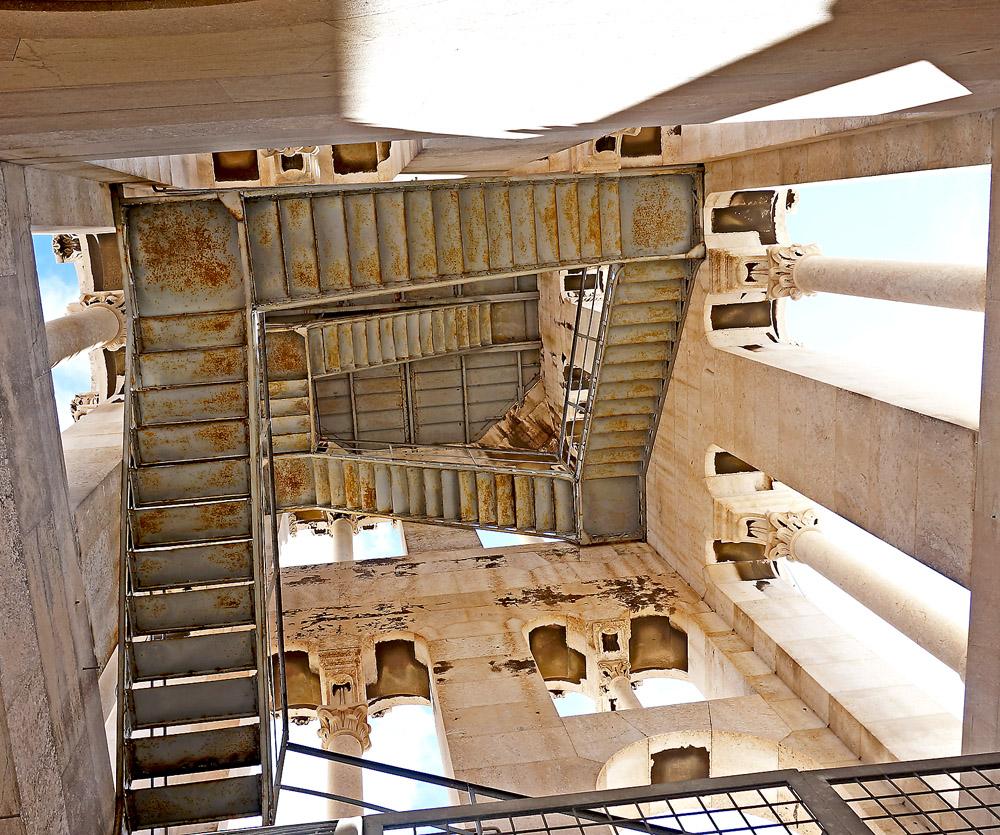 Filigraner Treppenaufgang