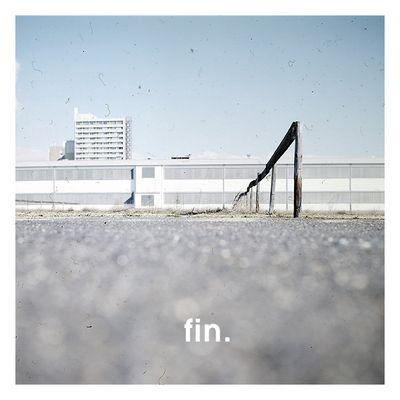 * fin *