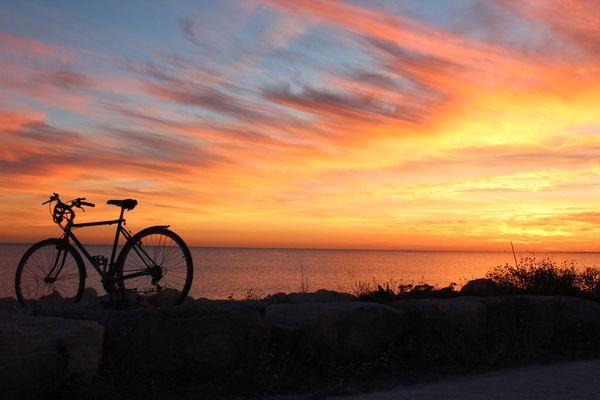 Fin de balade vélo avec Coucher de soleil